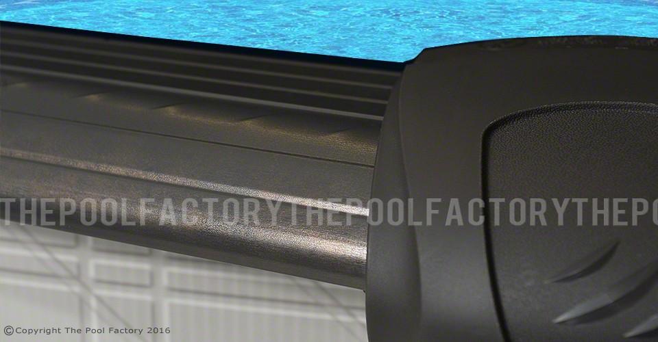 Melenia Oval Top Ledge Close-Up