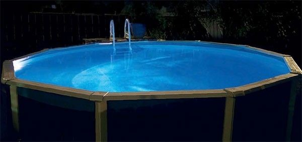 Above Ground Pool with Aqualuminator Light