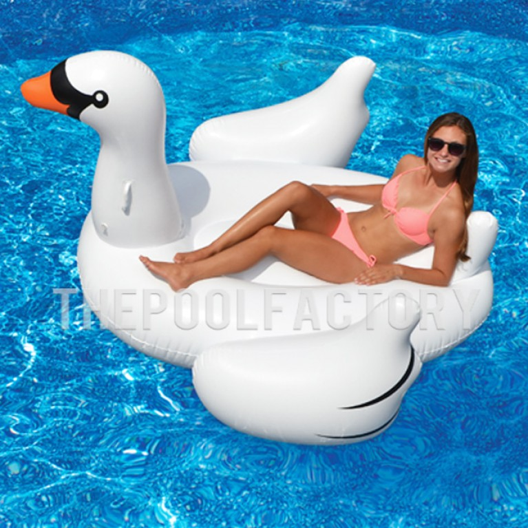 Swimline Inflatable Giant Swan Float